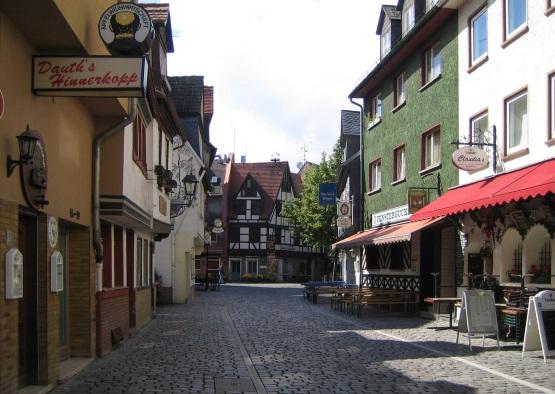 נתונים על מחירי הנדלן בשבע ערים גדולות ברחבי גרמניה - פרנקפורט