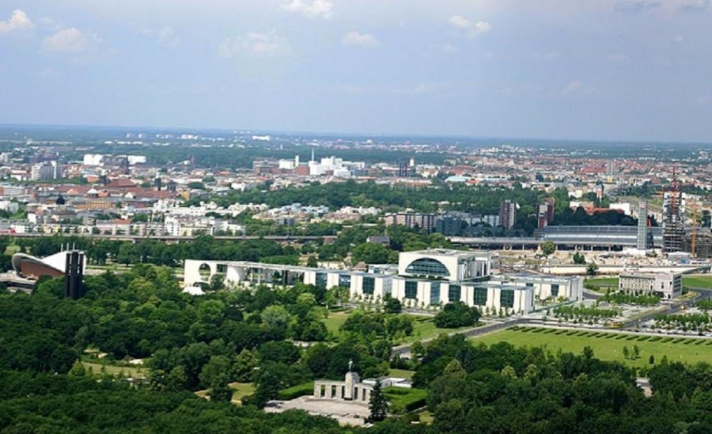 ברלין המשגשגת- מה גורם לקרנות בינלאומיות לנהור לבירת גרמניה