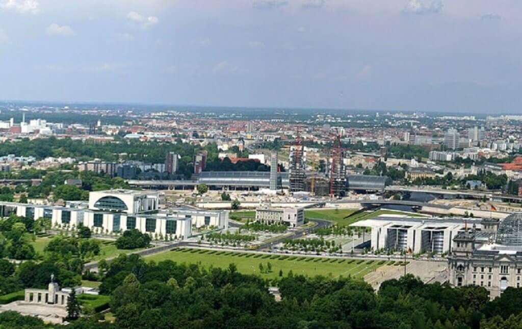 עשירה וסקסית- פריחתה של ברלין מעלה את מחירי הנדלן