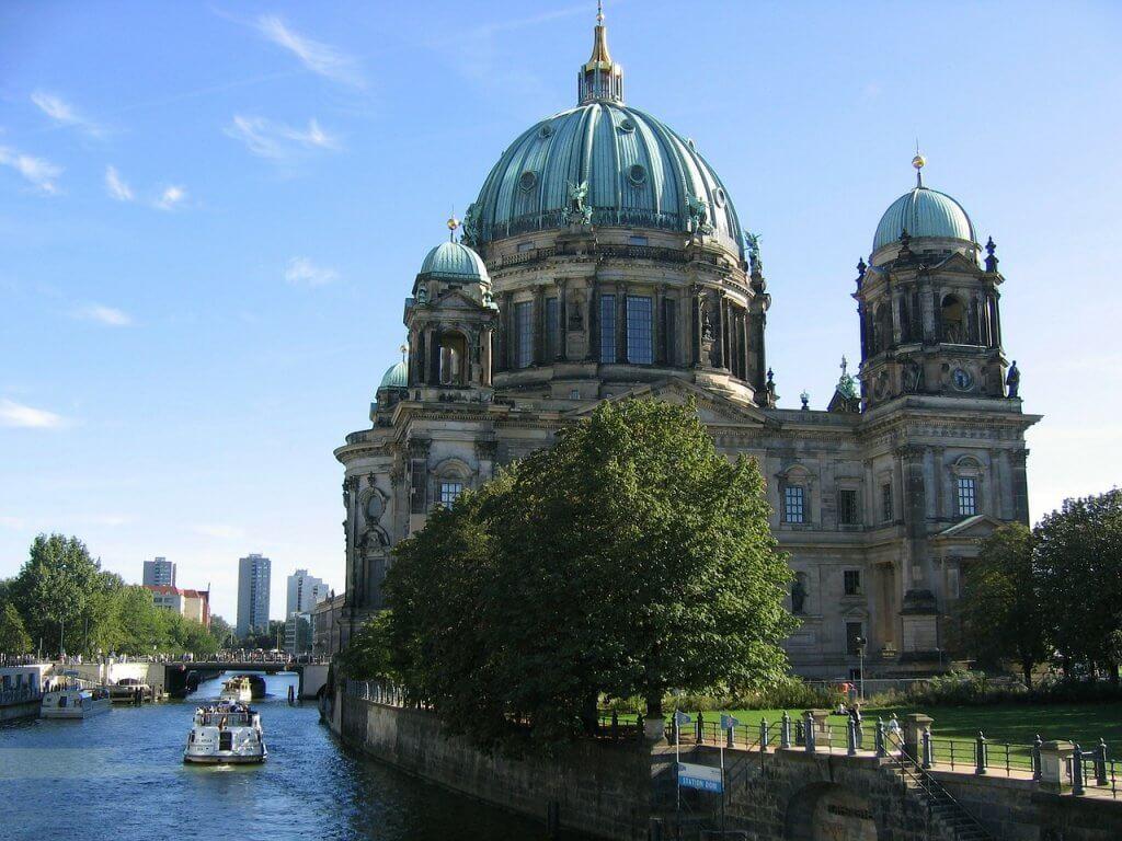 ברלין מתכננת 100,000 דירות פחות מדי