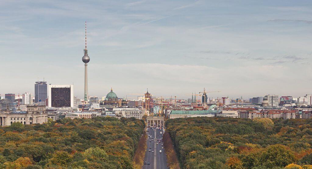 1280px-Siegessaeule_Aussicht_10-13_img4_Tiergarten