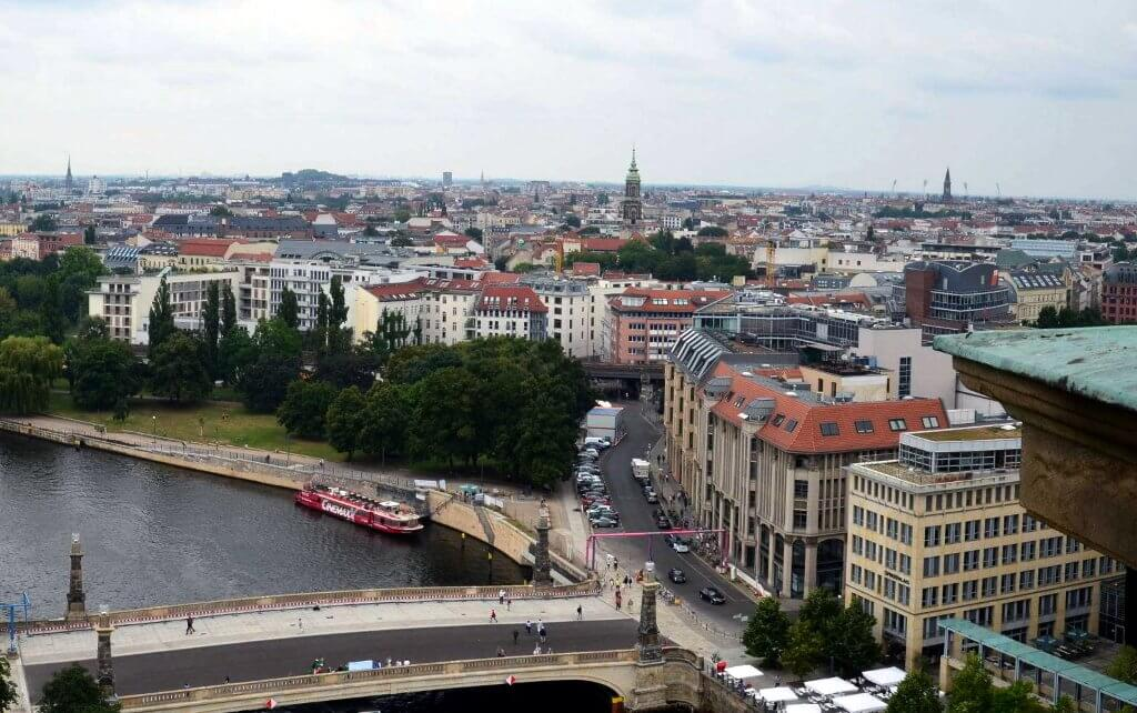 שוק הנדלן של ברלין ממשיך לצמוח והמחירים עולים בהתאם